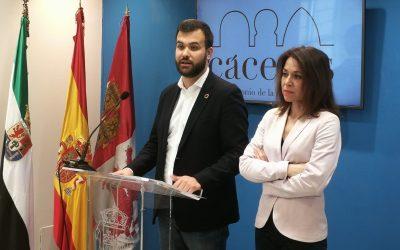 Luis Salaya exige al equipo de Gobierno que convoque con urgencia las 33 plazas de Policía Local
