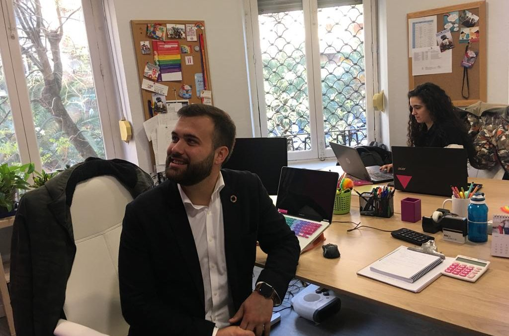 Luis Salaya se compromete a crear una concejalía de Igualdad y Diversidad para unificar las medidas en estas materias