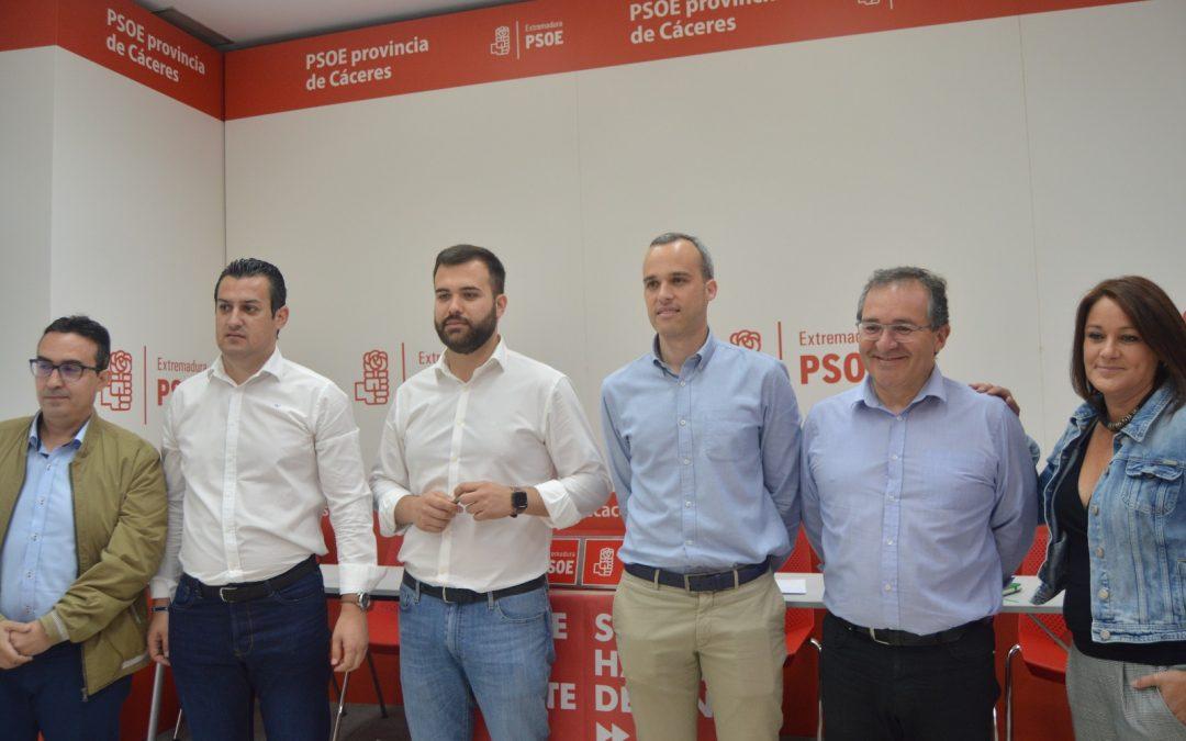 El PSOE creará una red de Transporte y Turismo entre los municipios de la zona de influencia de Cáceres